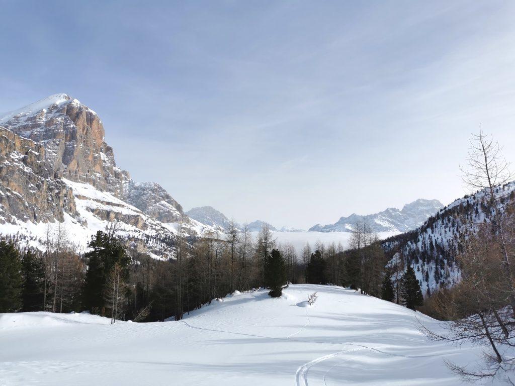 Vista sulle Tofane verso Cortina