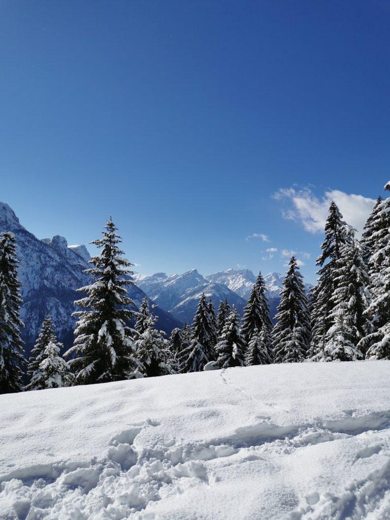 Con gli sci d'alpinismo ad Alleghe