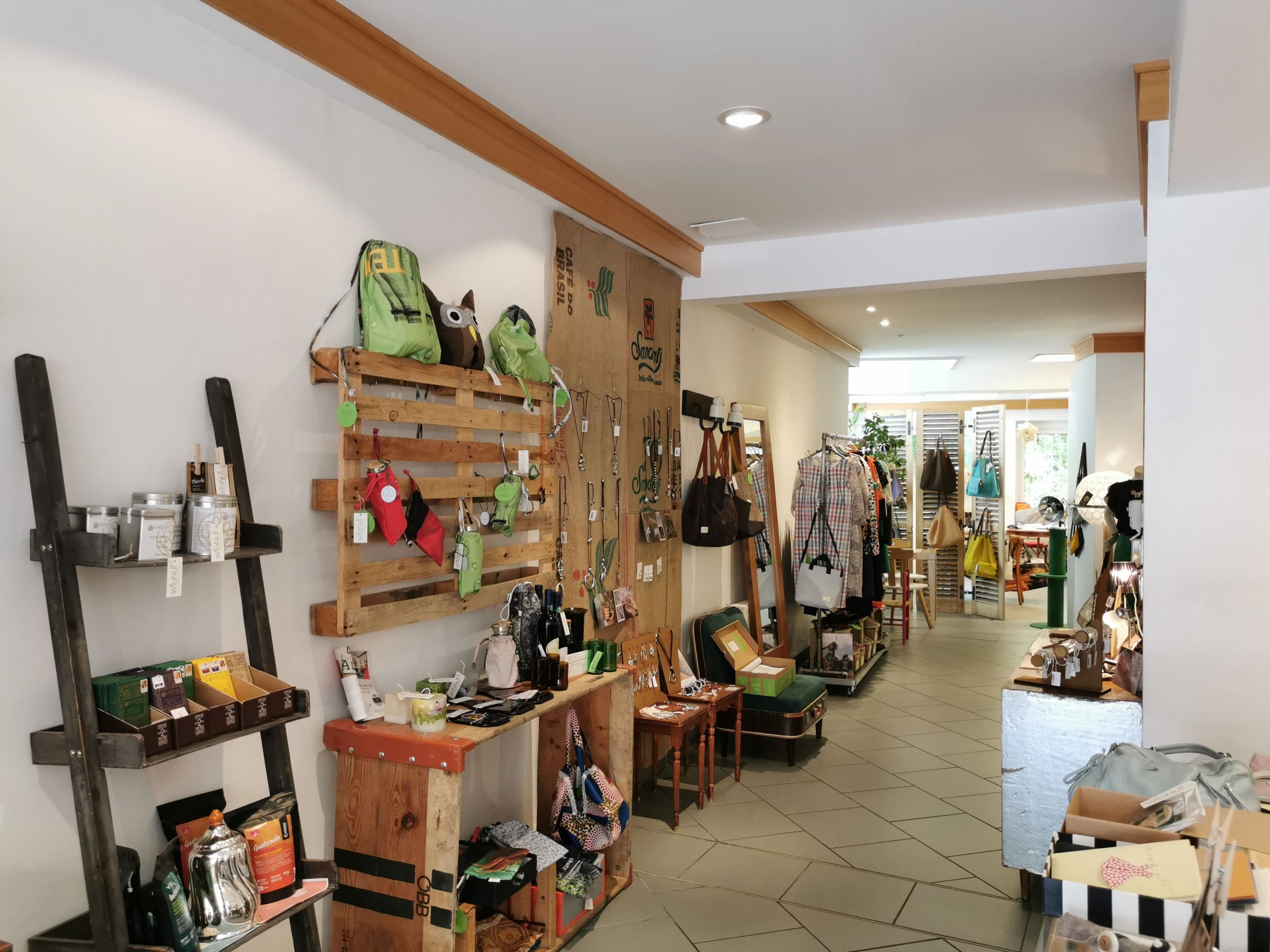 WiaNui - Upcycling Concept Store a Bressanone